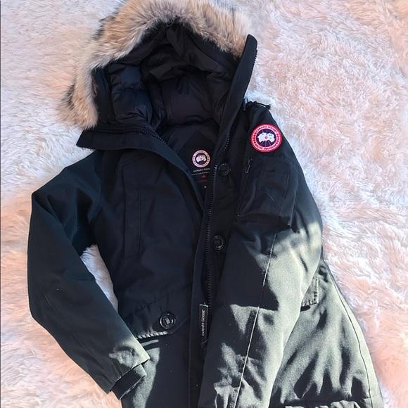 94c4947ad28 Gently used Canada Goose Montebello- Women's Small